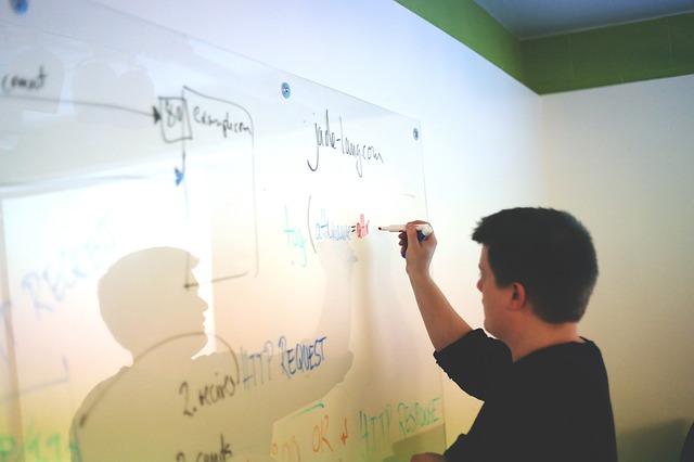 社長が実践!若手が発言しやすい会議作り5つの方法