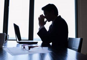 意外と高い新卒者離職率…2018年卒の傾向と対応策